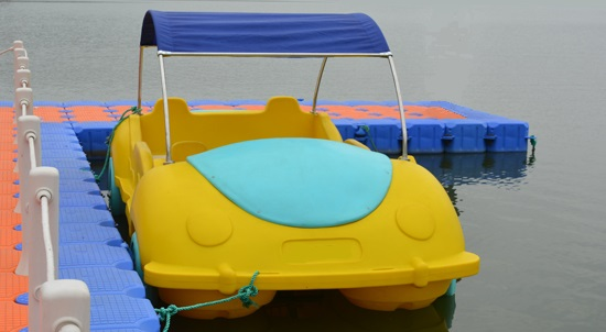 Pedal Boat - Beetle - Click Image to Close
